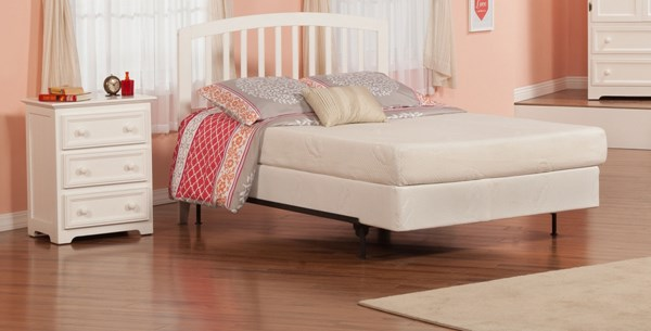 Richmond Traditional White Solid Wood Queen Platform Headboard Only R-188842