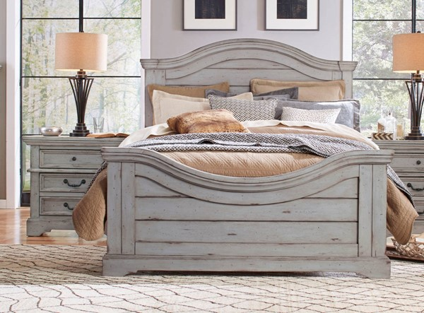 American Woodcrafters Stonebrook Light Distressed Antique Gray 2pc Bedroom Set with Queen Bed AWC-7820-50-BR-S2