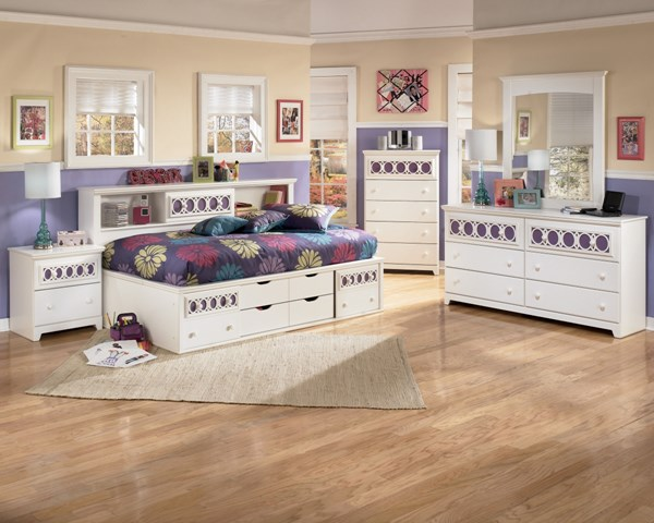 Zayley Replicated White Paint Wood 2pc Bedroom Set W/Twin Storage Bed B131-S1
