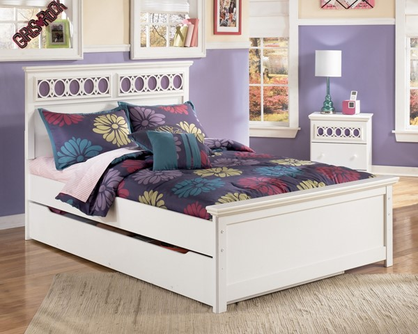 Zayley Replicated White Paint Trundle Under Bed Storage B131-60