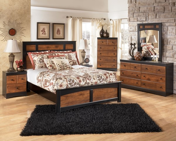 Aimwell Dark Brown Wood 2pc Bedroom Set W/Full Panel Bed B136-S7