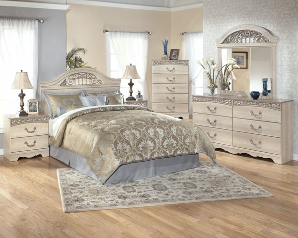 Catalina White Wood 2pc Bedroom Set W/Queen/Full Panel Headboard B196-S1