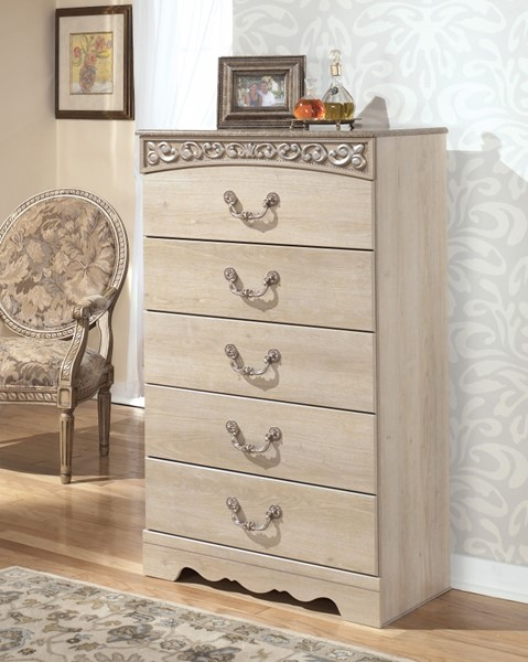 Catalina Traditional Antique White Wood Chest B196-46