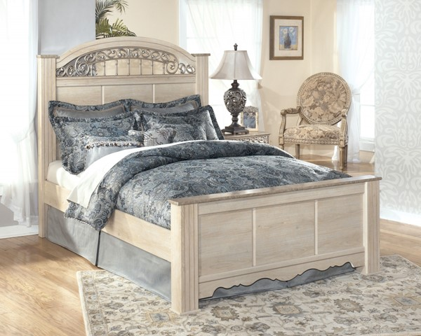 Catalina Traditional Antique White Wood Queen Poster Bed B196-QB