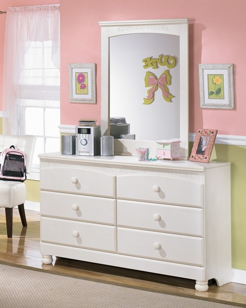 Ashley Furniture Cottage Retreat Dresser And Mirror The