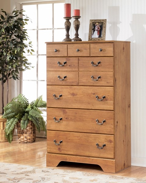 Bittersweet Cottage Replicated Pine Grain Wood Chest B219-46