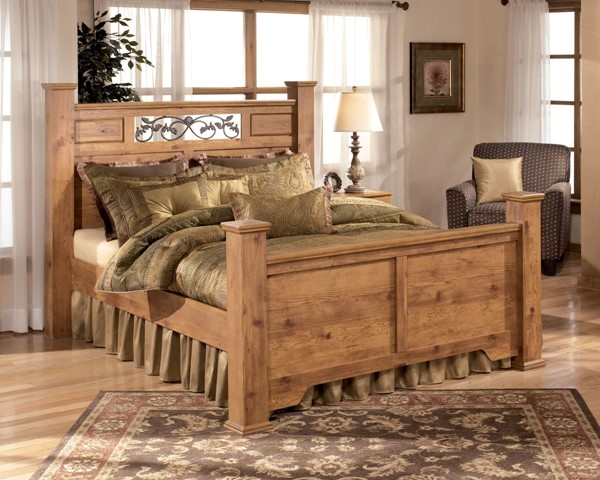 Bittersweet Cottage Replicated Pine Grain Wood Queen Poster Bed B219-QP