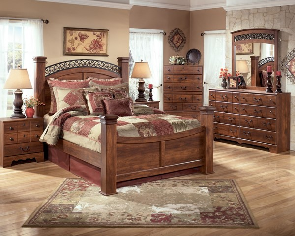Timberline Traditional Brown Wood 2pc Bedroom Set W/Queen Poster Bed B258-Set1