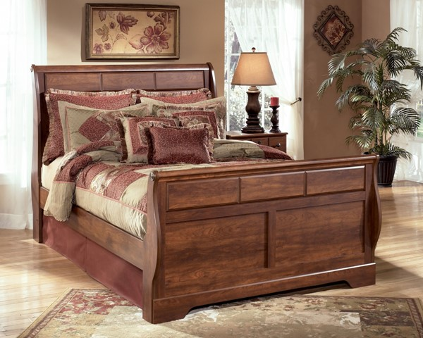 Timberline Traditional Warm Brown Wood Queen Sleigh Footboard B258-54