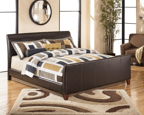 Stanwick Brown PVC King/Cal King Upholstered Headboard/Footboard B465-82