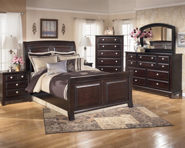 Ridgley Contemporary Dark Brown Wood Master Bedroom Set B520