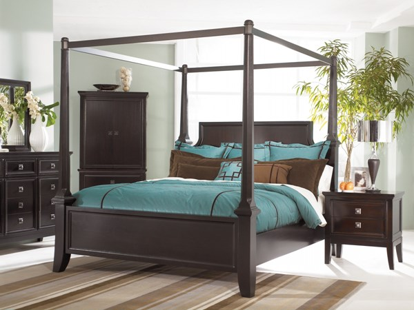 Martini Suite Cal King Canopy Poster Bed