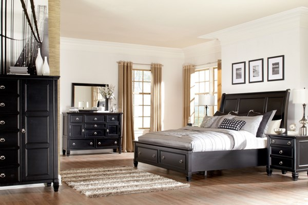 Ashley Furniture Greensburg Black Master Bedroom Set B671