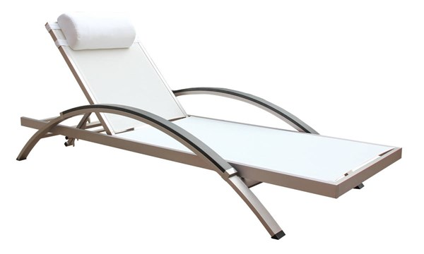 2 Boraam Fresca White Outdoor Lounge Chairs BRM-76686
