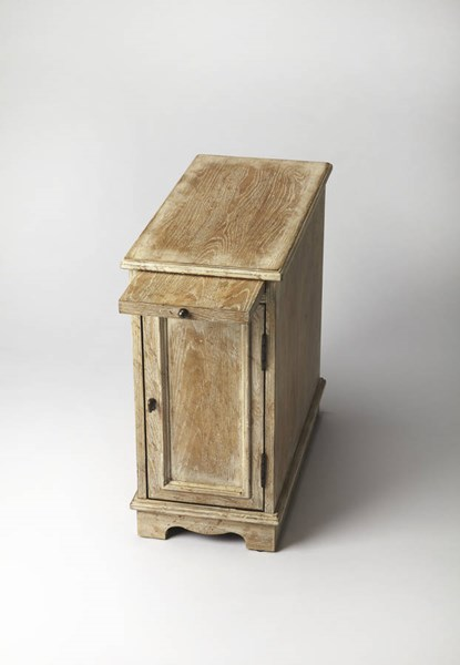 Masterpiece Winslow White Washed Oak Hardwood MDF Chairside Chest bsf-2248333