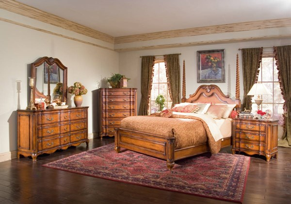 Marquette Park Traditional Medium Brown Cognac King Panel Bed BSF-9002103