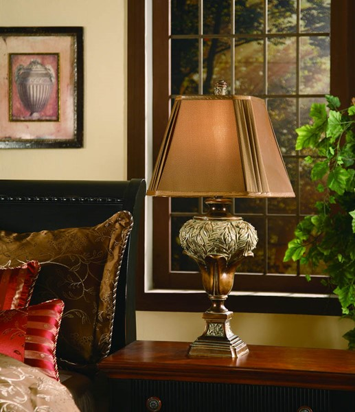 Crestview Collection Wingate Gold Umber Table Lamp CRST-CVARP509