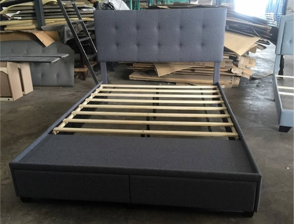 Crown Mark Antoine Grey Platform Beds with USB CRW-5105GY-BED-VAR