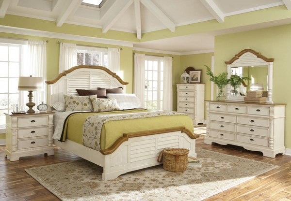 Oleta Cottage Buttermilk Brown Wood Master Bedroom Set CST-202880-M
