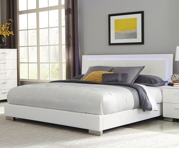 Coaster Furniture Felicity White Cal King Bed CST-203500KW