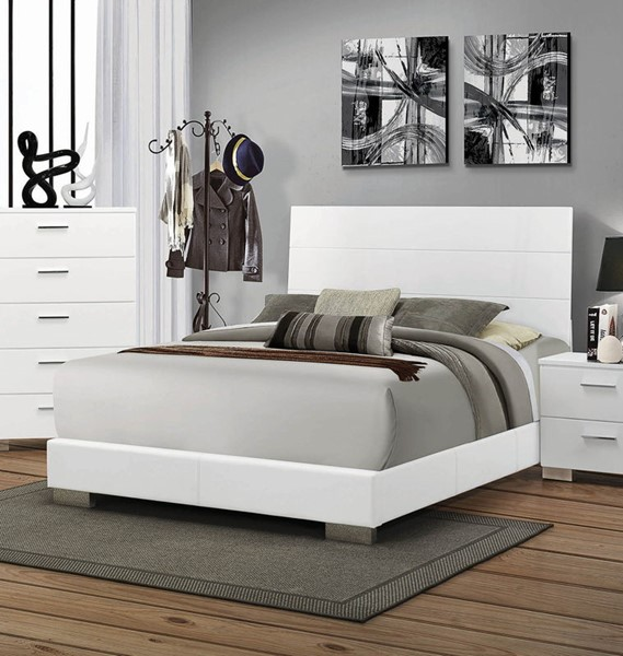 Coaster Furniture Felicity Glossy White Queen Bed CST-203501Q