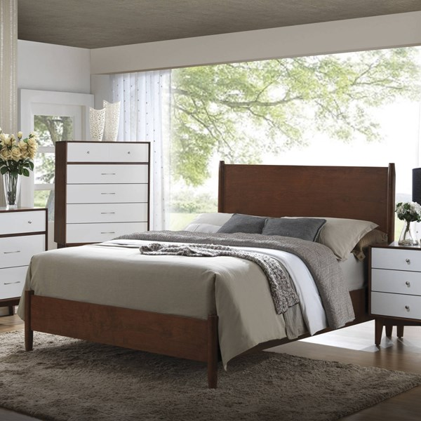 Oakwood Modern Brown Wood King Panel Bed CST-204301KE