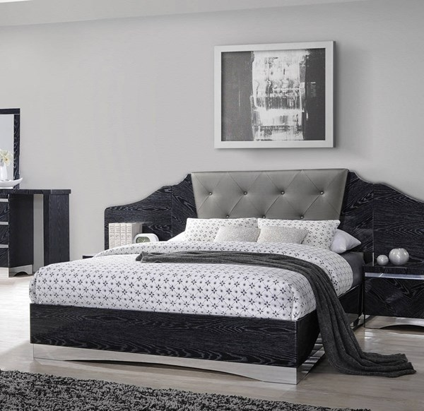 Coaster Furniture Alessandro Black Queen Bed The Classy Home