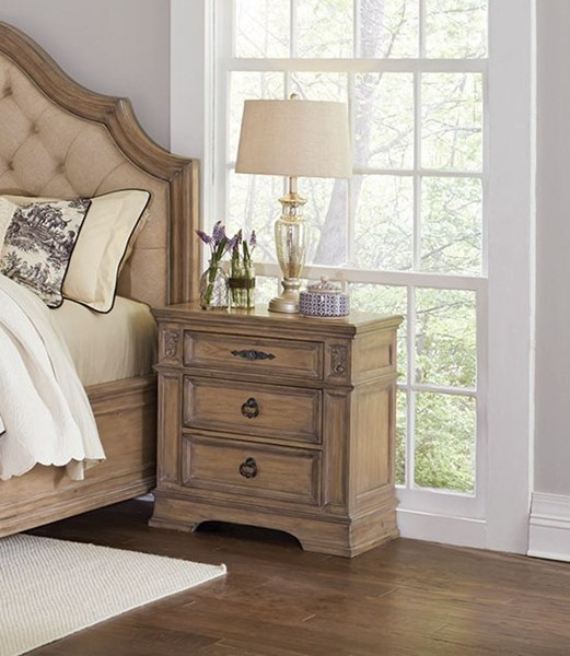 Coaster Furniture Ilana Linen Nightstand with 3 Drawers CST-205072