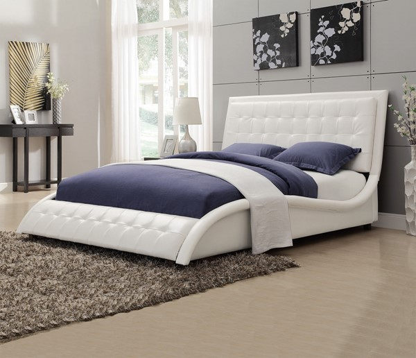 Tully Modern White Leatherette Queen Bed CST-300372Q