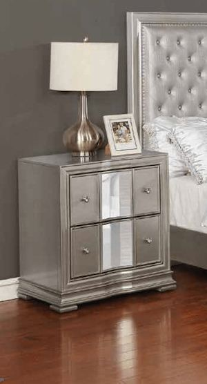 Coaster Furniture Adele Platinum Night Stand CST-315702