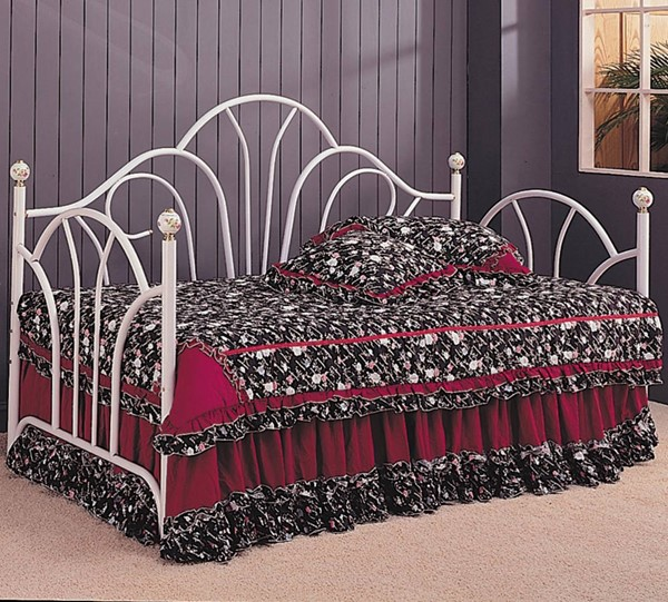 White Metal Twin Size Day Bed w/o Base Frame CST-2632