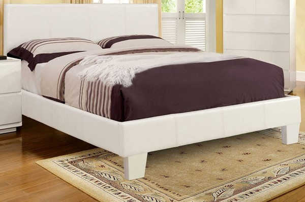 Winn Park Contemporary White Leatherette Solid Wood Cal King Bed FOA-CM7008WH-CK-BED
