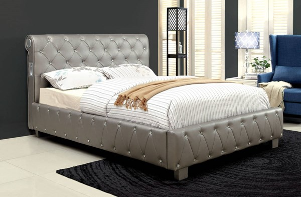 Juilliard Contemporary Silver Leatherette Solid Wood Queen Bed FOA-CM7056SV-Q-BED