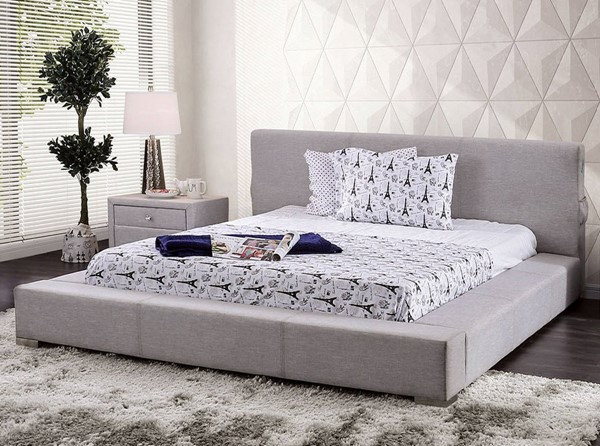 Furniture of America Canaves Light Gray King Bed FOA-CM7142LG-EK-BED