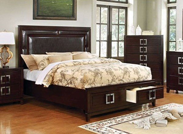 Balfour Transitional Brown Cherry Solidwood Footboard Drawer Queen Bed FOA-CM7385Q-BED