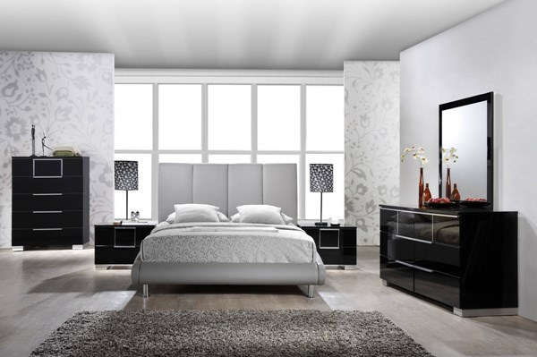 Contemporary Grey Black Wood PU MDF 2pc Bedroom Set W/Queen Bed GL-8272-M-BR-S4