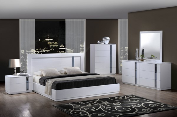 Jody White High Gloss MDF Wood 2pc Bedroom Set W/King Platform Bed GL-JODY-911A-WH-M-BR-S1