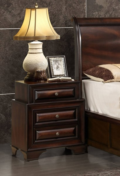 Sarina Varnish Oak Wood Round Knobs Nightstand GL-SARINA-033A-NS-M