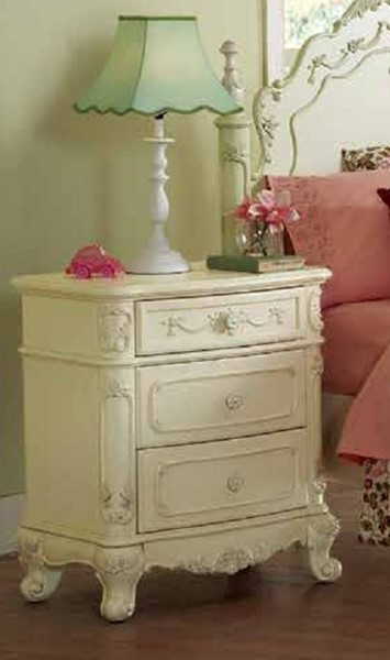 Cinderella Traditional White Cherry Wood Night Stand HE-1386-4-VAR