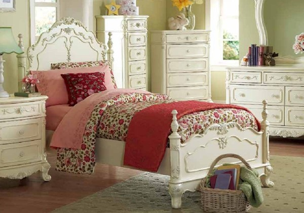 Cinderella Traditional Creamy White Wood Twin Poster Bed HE-1386T-1