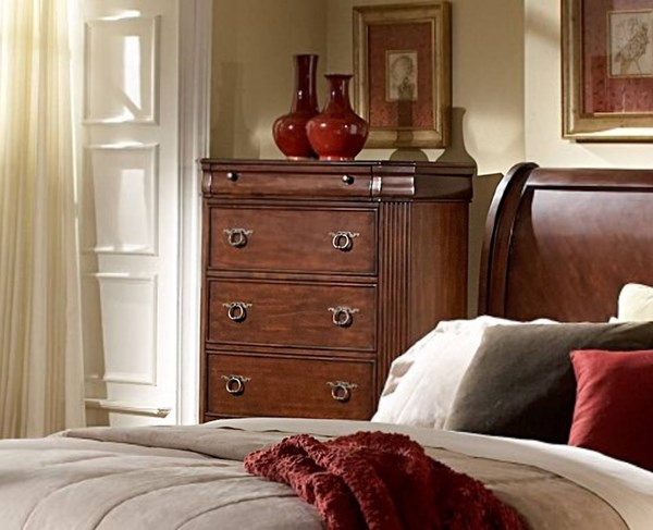 Karla Traditional Cherry Wood Five Drawers Chest HE-1740-9