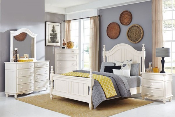 Clementine Classic White Wood Master Bedroom Set HE-1799-BR