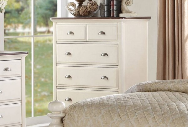Floresville Traditional Antique White Wood Chest HE-1821-9
