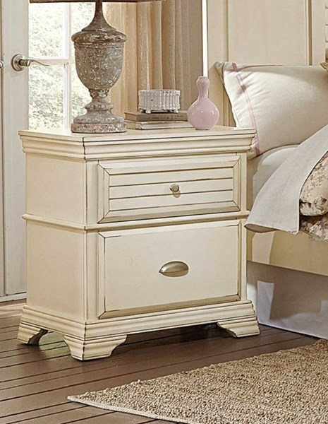 Laurinda Cottage Antique White Wood Night Stand HE-1846-4