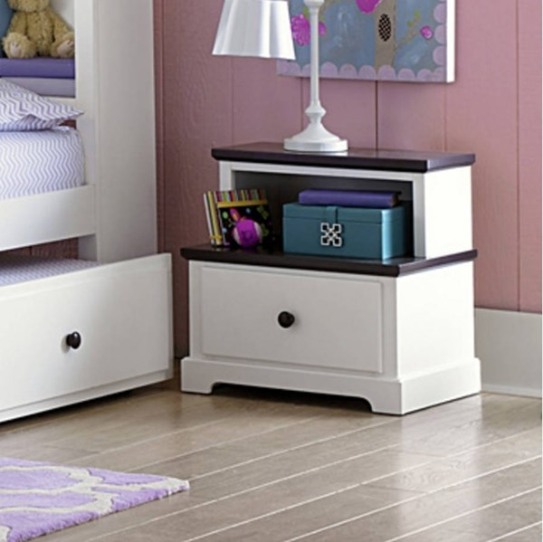 Lark Traditional White Wood Step Night Stand HE-2018-4