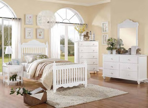 Emmaline Traditional White Wood 2pc Kids Bedroom Set W/Full Bed HE-2019W-KBR-S1
