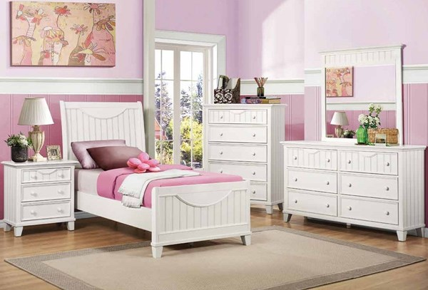 Alyssa White Wood Mirror 2pc Bedroom Set W/Full Bed HE-2136-KBR-S2