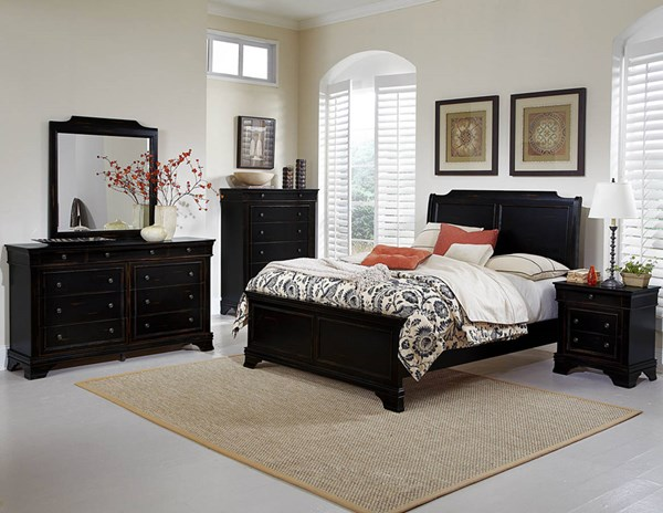 Derby Run Traditional Rusticated Black Wood Master Bedroom Set HE-2223-BR