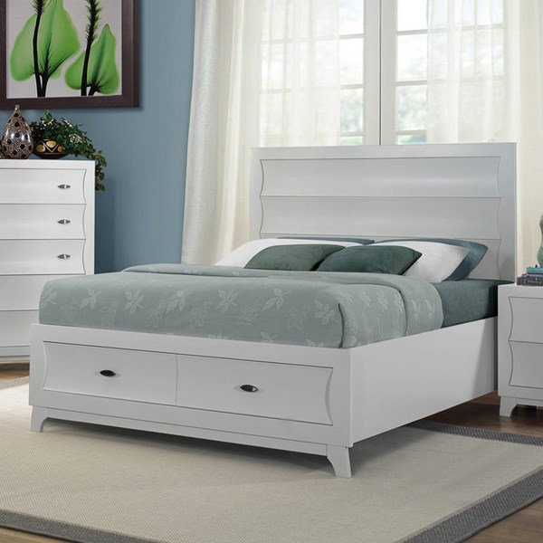 Zandra Contemporary White Wood Queen Platform Bed w/Footboard Storages HE-2262W-1