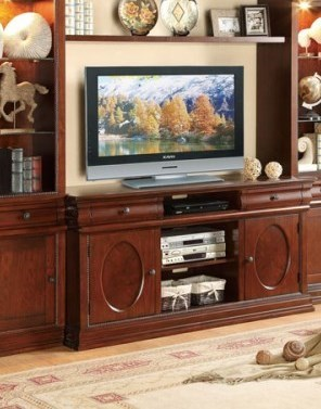 Dunsmuir Traditional Warm Cherry Wood 60 Inch TV Stand HE-8003-T